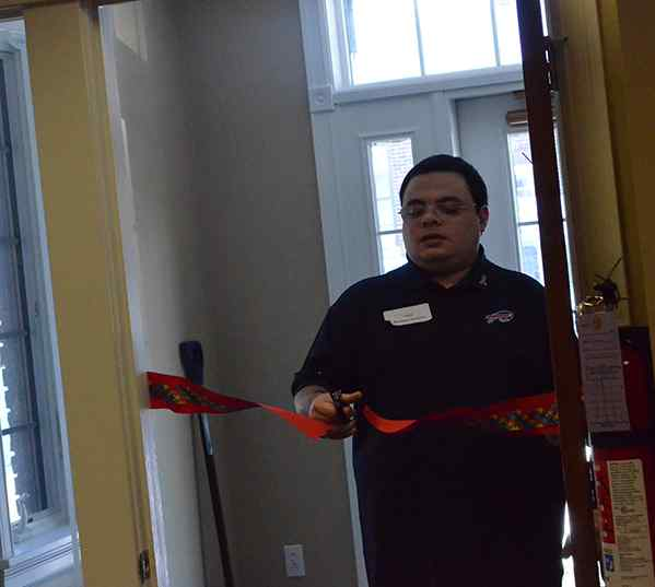 Autism Resource Center opens on Hamburg Main Street | Around_Town |News Classifieds Events | thesunnews.net