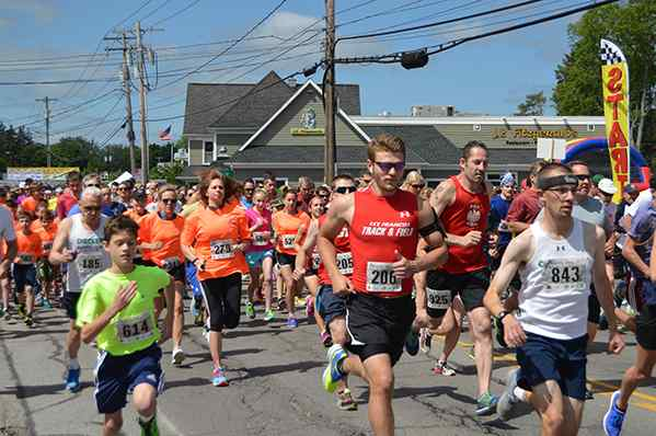 Run the 'Burg brings in over 1,500 runners and walkers at 5K | News |News Classifieds Events | thesunnews.net